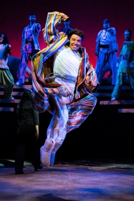14)Joe McElderry in Joseph and the Amazing Technicolor Dreamcoat (c)Mark Yeoman