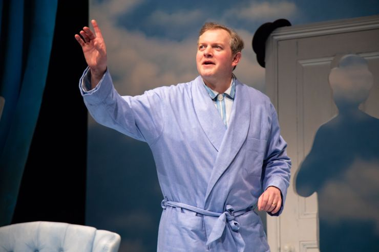 4. The Life I Lead - Miles Jupp as David Tomlinson - Photo credit Piers Foley